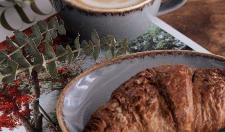 Kawa i śniadanie